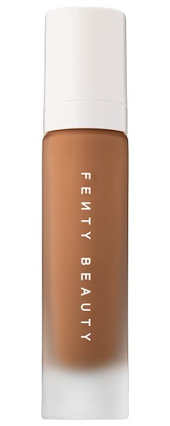 FENTY BEAUTY by Rihanna Pro Filt'r Soft Matte Longwear Foundation 450 - A soft matte, long-wear foundation with buildable,...