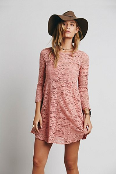 FP BEACH Spring date dress - Flirty fit and flare mini dress with a rounded neck and...