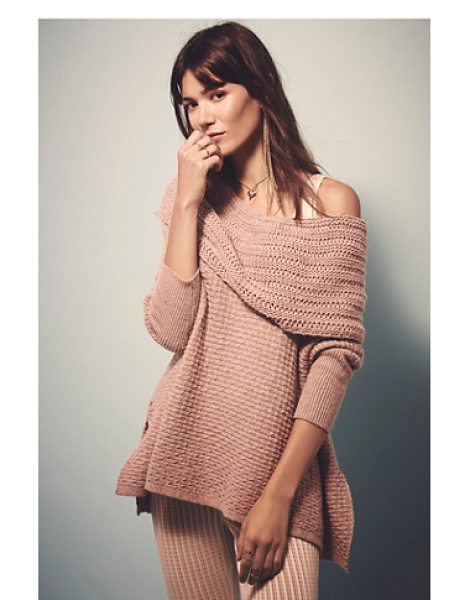 Free People Close to me pullover in dusty rose - Slouchy textured pullover sweater with a dramatic...