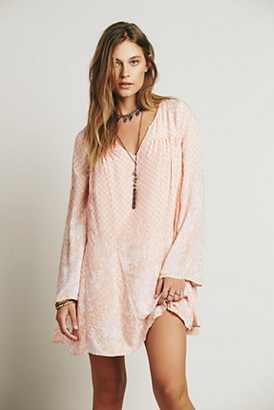 Free People Dreamy daze print dress in coral combo - Shapeless boho printed mini dress with long bell sleeves...