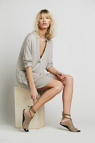 FREE PEOPLE Gallery dress in sand - Super soft casual pullover dress with a plunge V-neck...