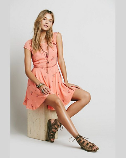 Free People Girl code printed dress in coral combo - Printed chiffon mini with ladder cutwork trims along the...