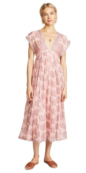 Free People riakaa dress in pink - Fabric: Soft weave Floral print Maxi-dress cut V neck...