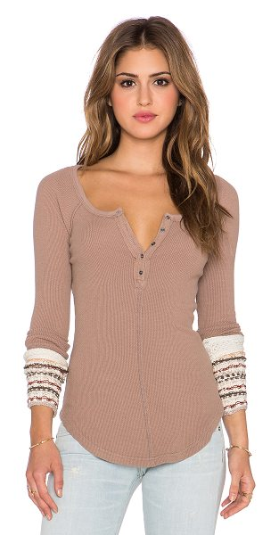 Free People Ski lodge cuff thermal in tan