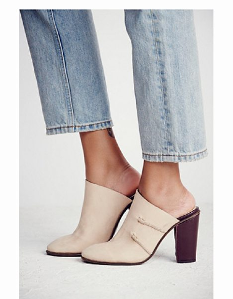 Free People Stateside mule in bone / cordovan