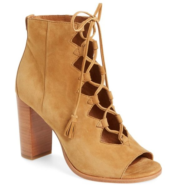 Frye 'gabby' ghillie sandal in camel - Ghillie laces provide a vintage-chic update for a...