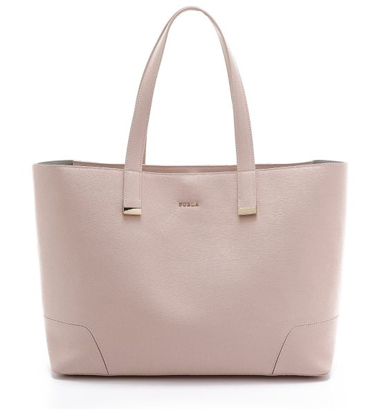 FURLA Stacy large tote - An elegant Furla tote in saffiano leather. Polished logo...