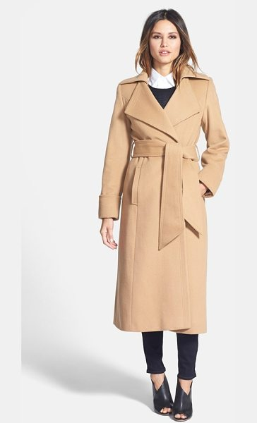 George Simonton 'hollywood' long wrap coat in camel - A wide sash wrapping the waist enhances the timeless...