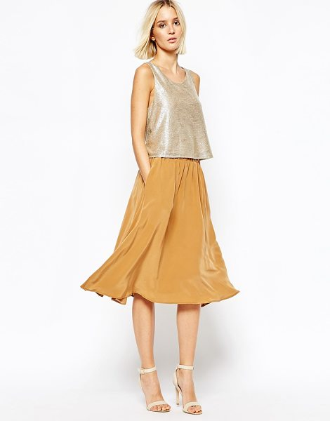 Gestuz Fluid Flippy Skirt in Silk in brown - Skirt by Gestuz, Lightweight silk, Fully lined, Stretch...