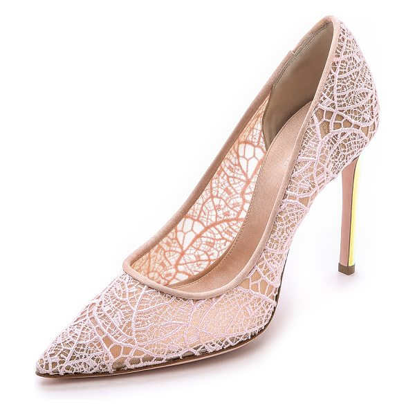 Giambattista Valli Lace pumps with iridescent heel in pink - Delicate lace composes an elegant pair of pointed toe...