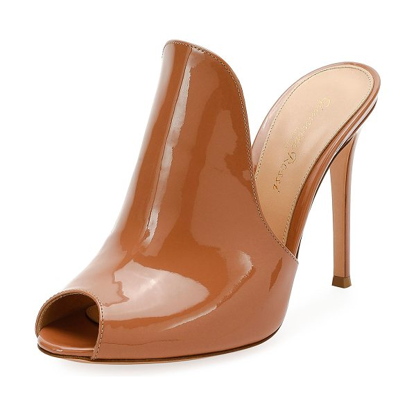 """Gianvito Rossi 105mm Patent Leather Mule Sandal in beige - Gianvito Rossi patent leather mule sandal. 4.1"""" covered..."""