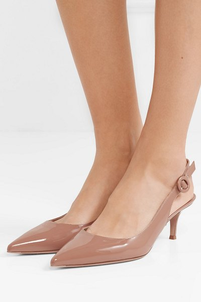 Gianvito Rossi anna 55 patent-leather slingback pumps in beige