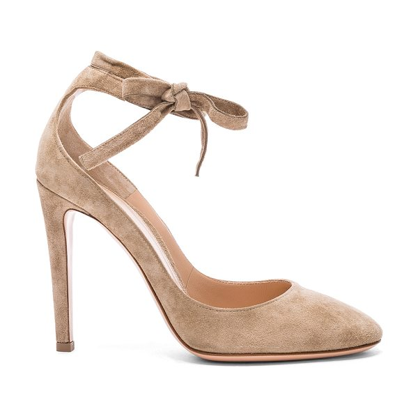 GIANVITO ROSSI Suede Carla Pumps - Suede upper with leather sole. Made in Italy. Approx...