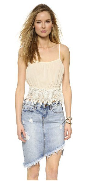 Glamorous Lace crop cami in cream - A cropped Glamorous camisole with intricate lace trim at...