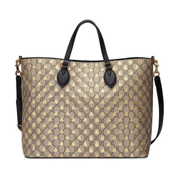 Gucci bee gg supreme canvas tote in beige ebony oro/ nero - Golden bumblebees add subtle luster to the iconic...