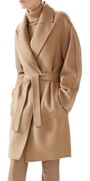 Gucci Double-wool wrap coat in camel - Gucci's very soft double wool coat, composed of wool and...