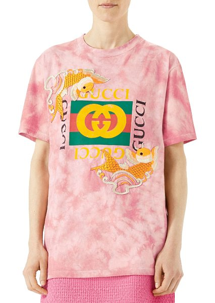 GUCCI Fish Embroidered Cotton T-Shirt - Pink dyed cotton T-shirt with embroidered fish appliqus...