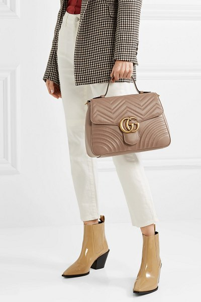 Gucci gg marmont medium quilted leather shoulder bag in beige - Gucci's 'GG Marmont' medium shoulder bag has been...