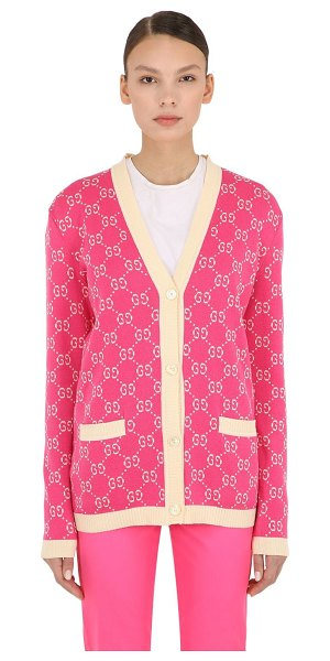 Gucci Logo intarsia cotton knit cardigan in pink,white