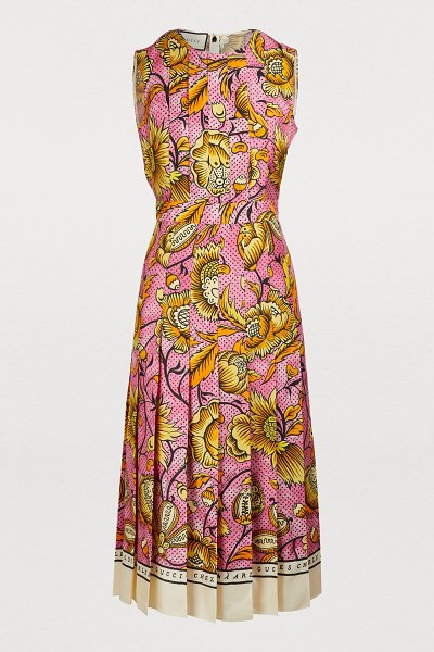 Gucci Silk dress in pink/yellow - In this silk dress, Alessandro Michele mixes the iconic...