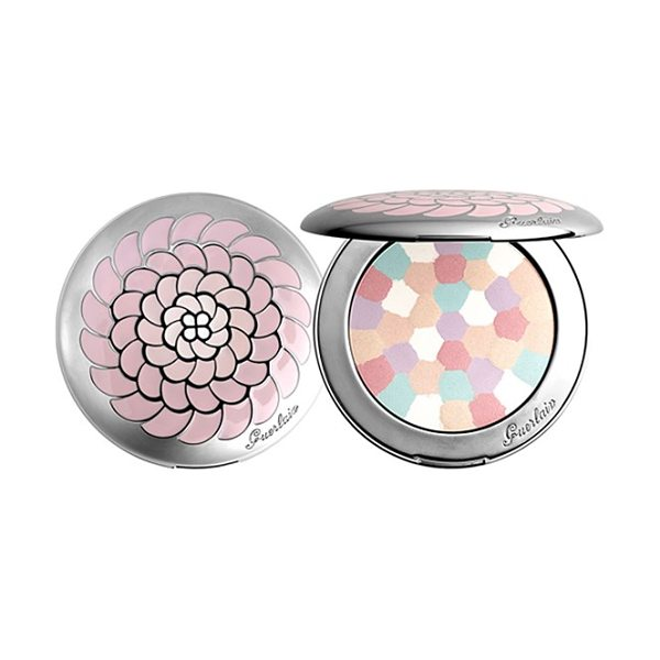 Guerlain Meteorites voyage compact in mythic 01 - Meteorites Voyage is a technological wonder, a blend of...