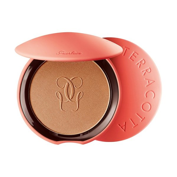 Guerlain My terracotta in 03 natural-brunettes - Color your summer with My Terracotta Hydrating Powder,...