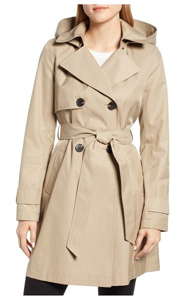 Halogen halogen hooded trench coat in beige - Face-framing lapels and an optional hood distinguish...