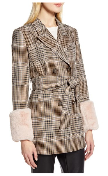 Halogen halogen x atlantic-pacific faux fur cuff plaid coat in brown (nordstrom exclusive)