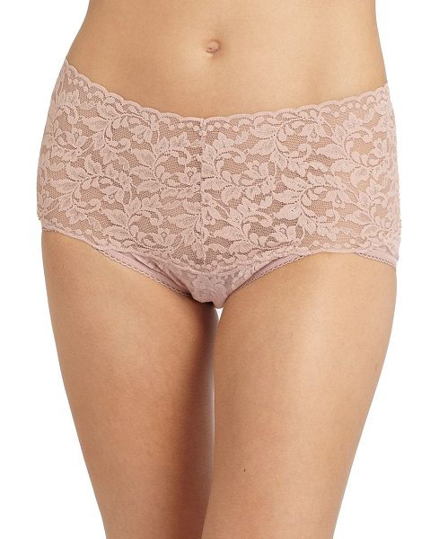 Hanky Panky Retro bikini in desertrose - Skin-baring lace with a generous band that hugs the...