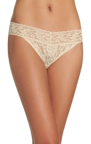 Hanky Panky signature lace vikini in sand - Signature stretch-lace style combines the flattering fit...