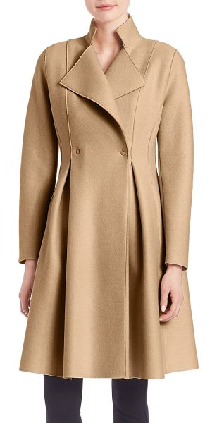Harris Wharf London woolen long coat in camel - Embrace posh glamor with this rich Italian wool coat....