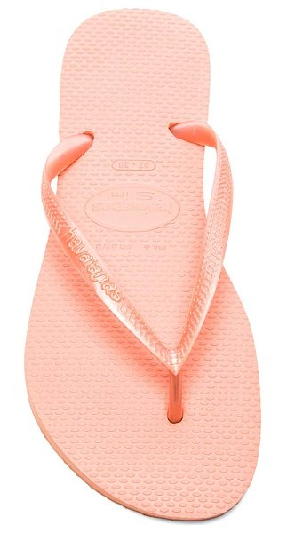 Havaianas Slim flip flop in coral - Rubber upper and sole. HAVA-WZ130. 4000030 1139. Summer...