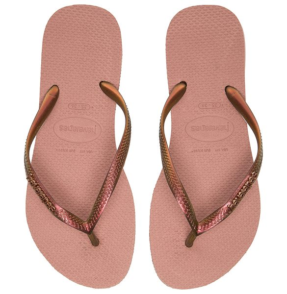 Havaianas Slim furta flip flop in rose - Rubber upper and sole. HAVA-WZ144. 4131757 3544. Summer...