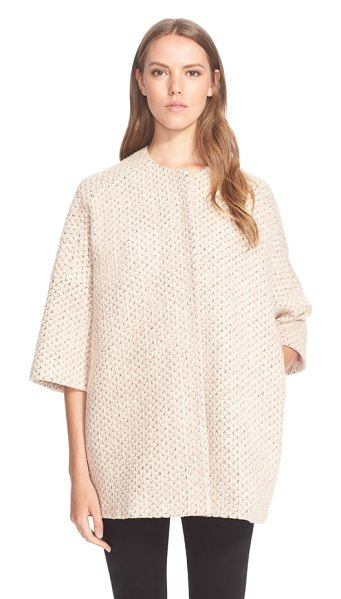Helene Berman textured kimono coat in pink/ ivory - A collarless, three-quarter-sleeve design accentuates...