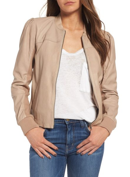 Hinge shrunken leather bomber jacket in beige morn - This supersoft leather jacket in an athletic bomber...