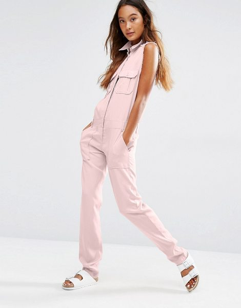 Honey Punch Military Jumpsuit With Front Pockets in pink - Jump suit by Honey Punch, Woven fabric, Point collar,...