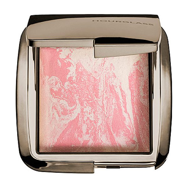 Hourglass ambient(r) lighting blush ethereal glow 0.15 oz/ 4.25 g - A groundbreaking hybrid that combines the customized...