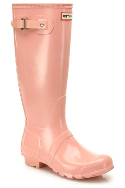 Hunter original gloss rainboots in pinksand - Stay dry on rainy days with these original gloss...