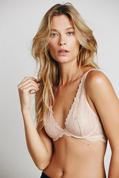 Intimately Lace plunge in peach