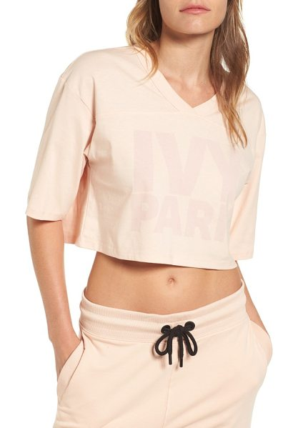 IVY PARK logo crop tee in blush - A V-neck and dropped shoulders bring the rugged look of...