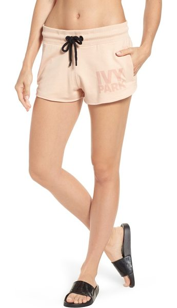 IVY PARK logo shorts - Weekend essential running shorts in a comfy cotton blend...
