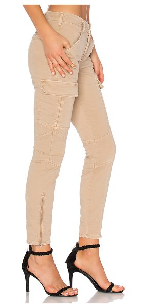 J Brand Houlihan Mid Rise Cargo in tan - 98% cotton 2% elastane. Side slant and buttoned flap...