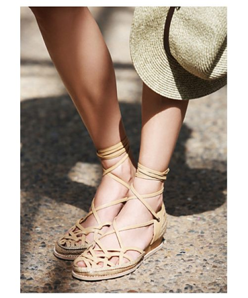 Jeffrey Campbell Daytona lace up flat in beige combo - Slip on these lace-up leather flats featuring a woven...