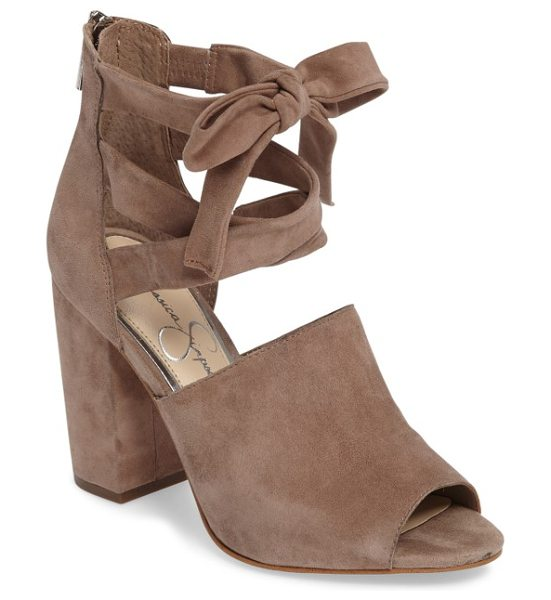 Jessica Simpson kandiss sandal in warm taupe suede