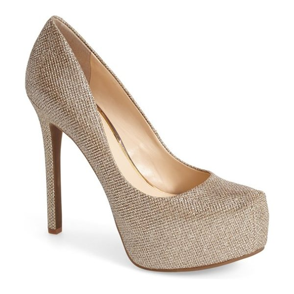 Jessica Simpson rebeca platform pump in gold - Put your best foot forward in this alluring round-toe...