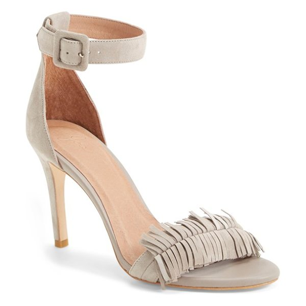 Joie pippi leather sandal in sandstone - A fringed toe lends a flirty touch to a svelte...