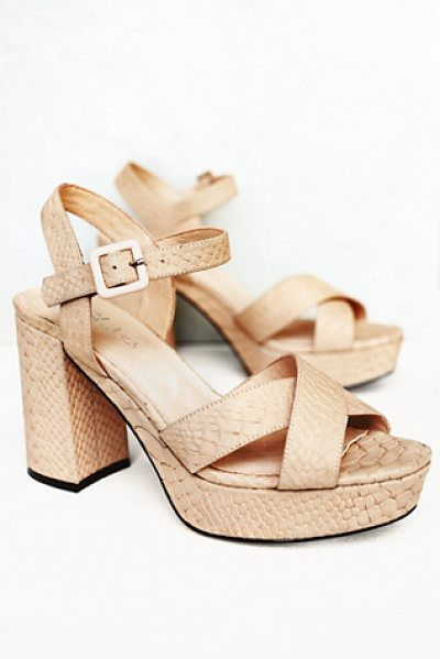 J/Slides Honeycomb platform heel in natural
