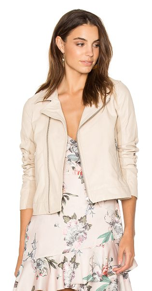 June Fitted Moto Jacket in beige - Shell: Genuine leatherLining: 100% polyContrast: 70%...