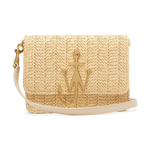 J.w.anderson logo plaque raffia and leather cross body bag in beige - JW Anderson - JW Anderson's beige raffia cross-body bag...
