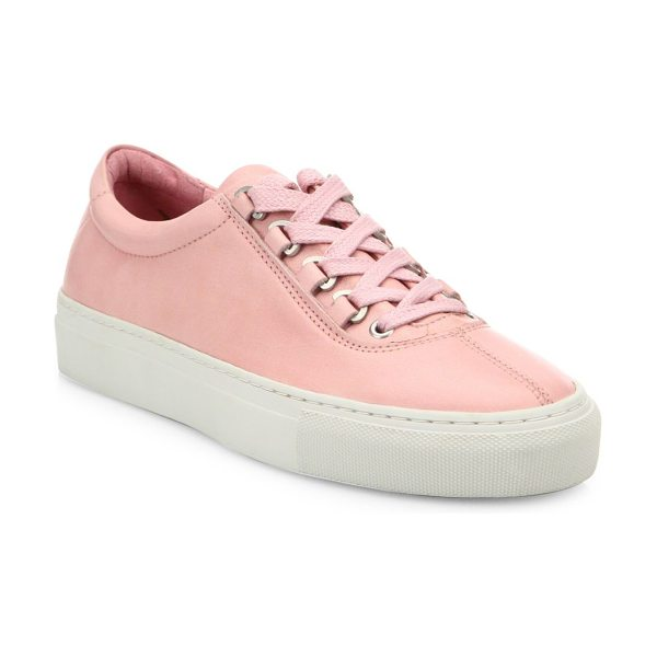 K-Swiss court classico leather sneakers in pink - Streamlined sneakers crafted from genuine leather....